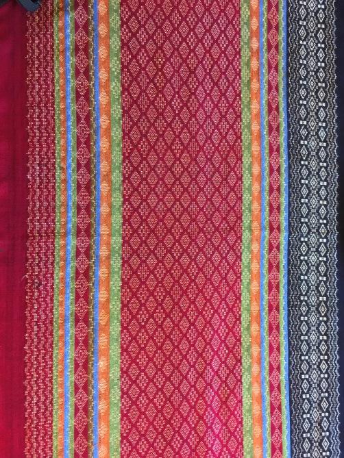 Myanmar textile IMG_0033.JPG