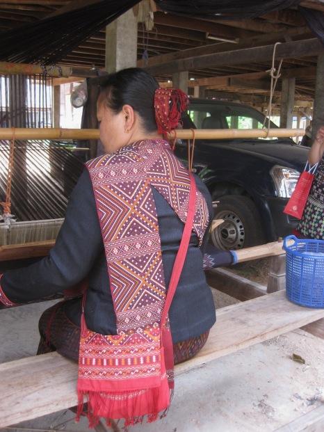Udon Thani weaving IMG_6973.jpg